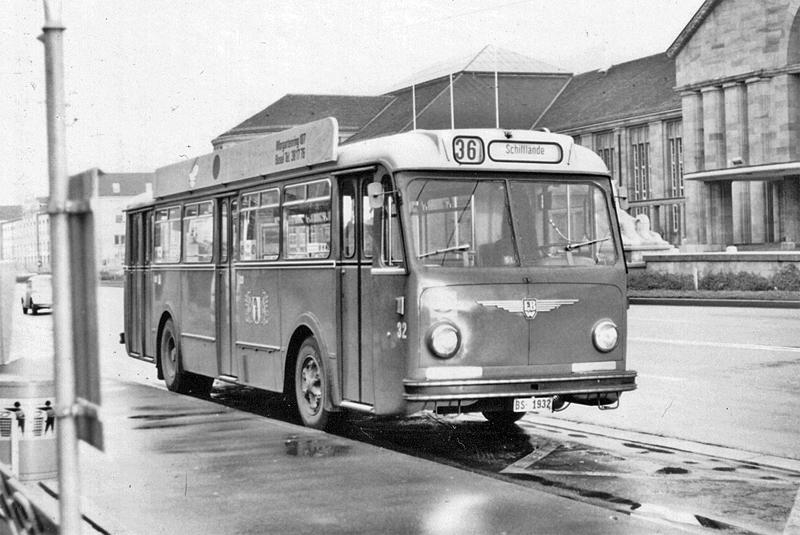 FBW B51U Nr. 32