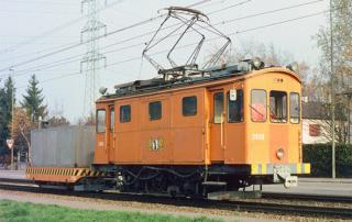Xe 2/2 2030 mit X 2250